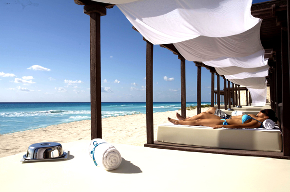 THE_ROYAL_IN_CANCUN_ADDITIONAL_FACILITIES_AND_FEATURES_BEACH_CABANAS-DAY_2